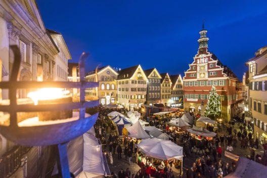 Weihnachtlicher Mittelaltermarkt in Esslingen (Bild: © Esslinger Stadtmarketing & Tourismus GmbH)