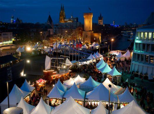 Maritimes Weihnachten in Köln (Bild: © www.hafen-weihnachtsmarkt.de)