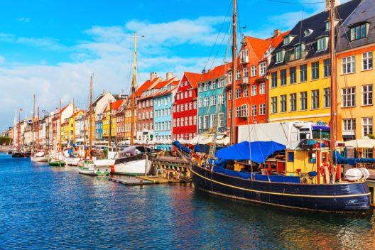 Auch beliebt bei Schweizern - Kopenhagen (Bild: Scanrail1 - shutterstock.com)
