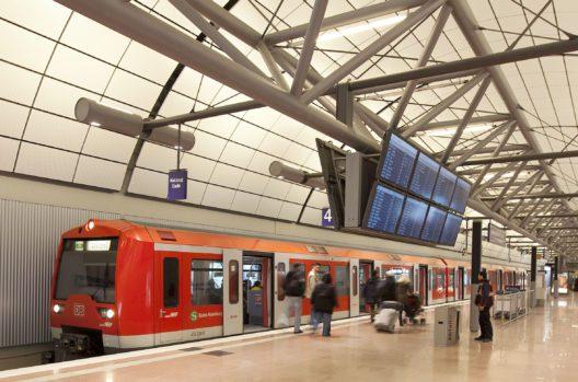 Flughafen Hamburg (Bild: M. Penner)