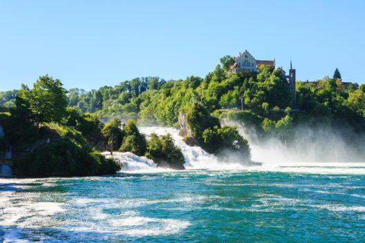 Der Rheinfall (Blid: © iceink - shutterstock.com)