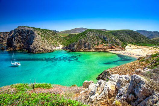 Sardinien (Bild: gevision - shutterstock.com)