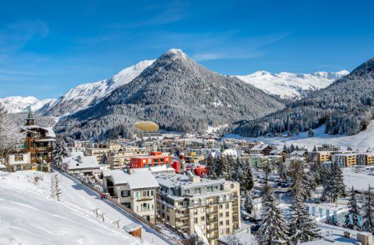 Davos (Bild: Boris-B - shutterstock.com)