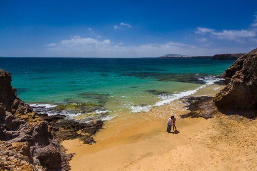 Playa de Papagayo, Lanzarote (Bild: © hellocanaryislands)