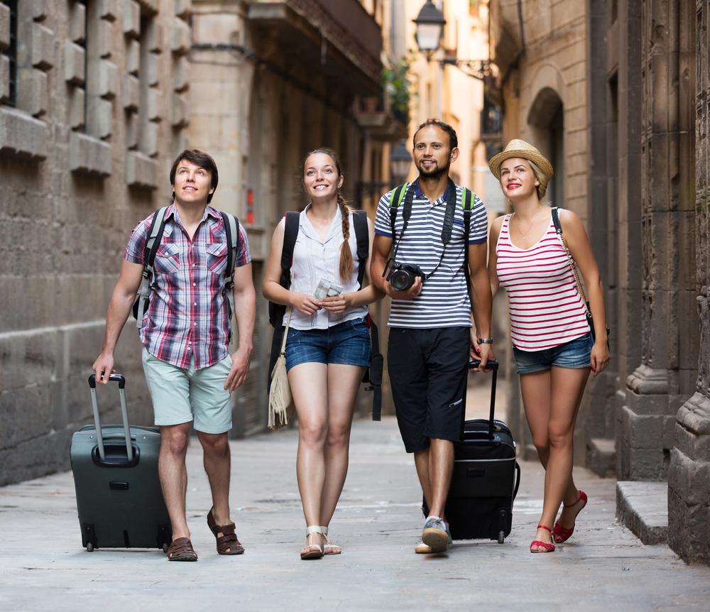 Erlebnisreiche Städtereise mit dem optimalen Reisegepäck (Bild: Iakov Filimonov - shutterstock.com)