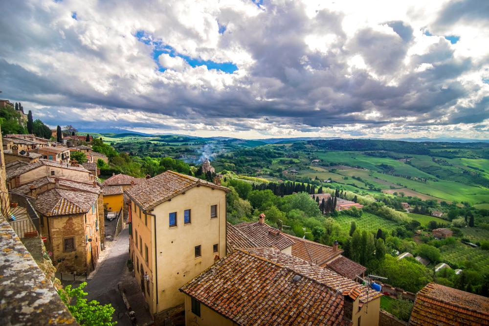Montepulciano, Toskana (Bild: Urs Hauenstein - shutterstock.com)