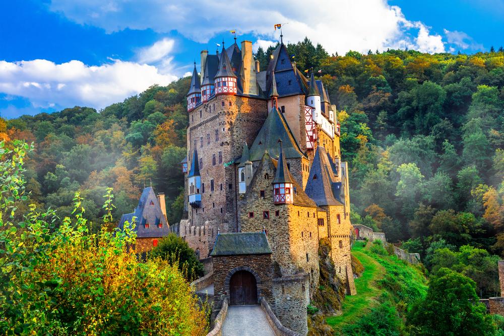 Burg Eltz (Bild: leoks - shutterstock.com)